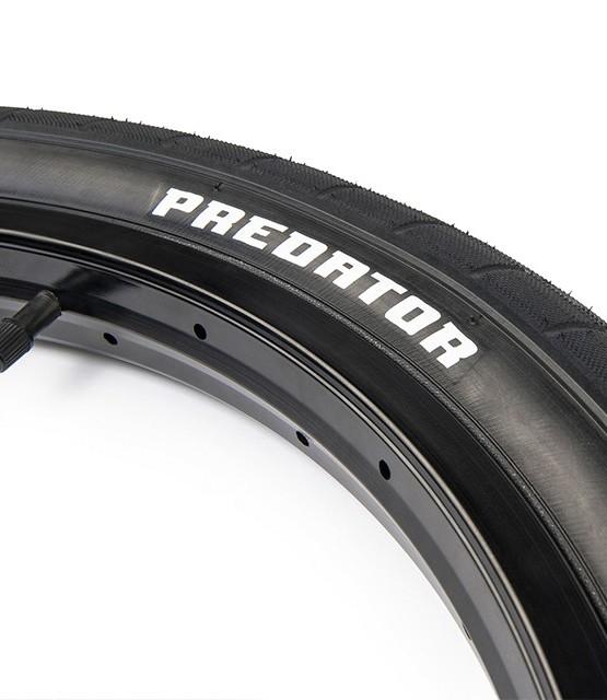 Eclat_Predator_tire_03-960x640