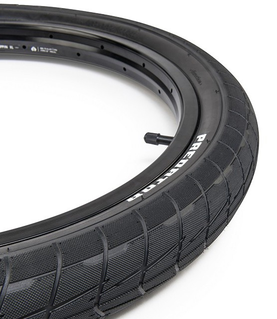 Eclat_Predator_tire_04-960x640